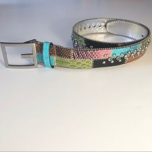 Guess Sz. Small multicolored faux snakeskin belt